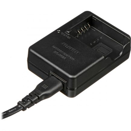 Battery and Charger Battery Charger BC-W126 1 battery_charger_bc_w126_taskameraid