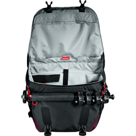 Messenger Bags Manfrotto Bumblebee M-10 PL camera messenger MB PL-BM-10 4 manfrotto_bumblebee_m_10_taskameraid_4