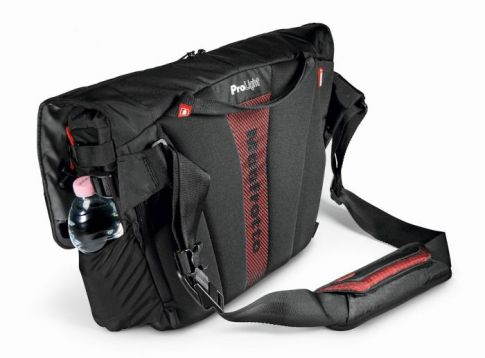 Messenger Bags Manfrotto Bumblebee M-10 PL camera messenger MB PL-BM-10 6 manfrotto_bumblebee_m_10_taskameraid_9