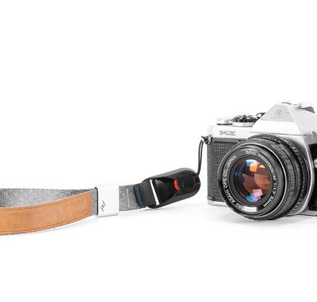 Case and Strap Peak Design Cuff Camera Wrist Strap V3 5 peak_design_cuff_taskameraid_2